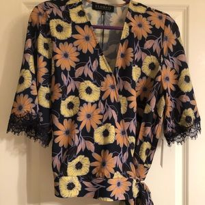 NWT Eloquii crop wrap floral blouse w/ lace accent